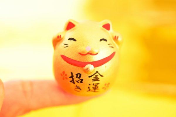 『金運がアップする和菓子「一攫千金つば」とは?人気商品から学ぶネーミング術』