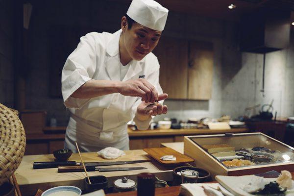【飲食業界への就活術】たった2つの質問で「やりたい仕事」が見つかる!本当に腑に落ちる自己分析のやり方(前編)