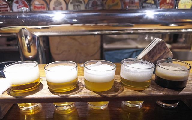 人気のお酒が飲食店を回す!②ツウが頼むクラフトビールの人気に迫る_サムネ