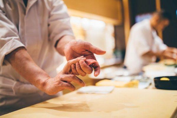新型コロナ後の外食事業向けガイドラインと飲食店の未来