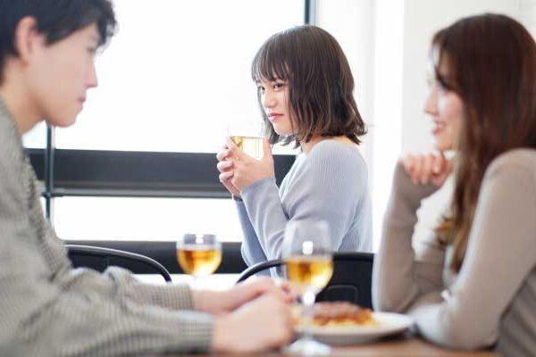 「職場恋愛」の嫉妬が辛すぎる!今すぐ心がスッと楽になる対処法