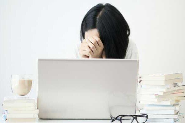 職場のイライラが限界!仕事でストレスがたまる原因&対策・セルフ診断付き